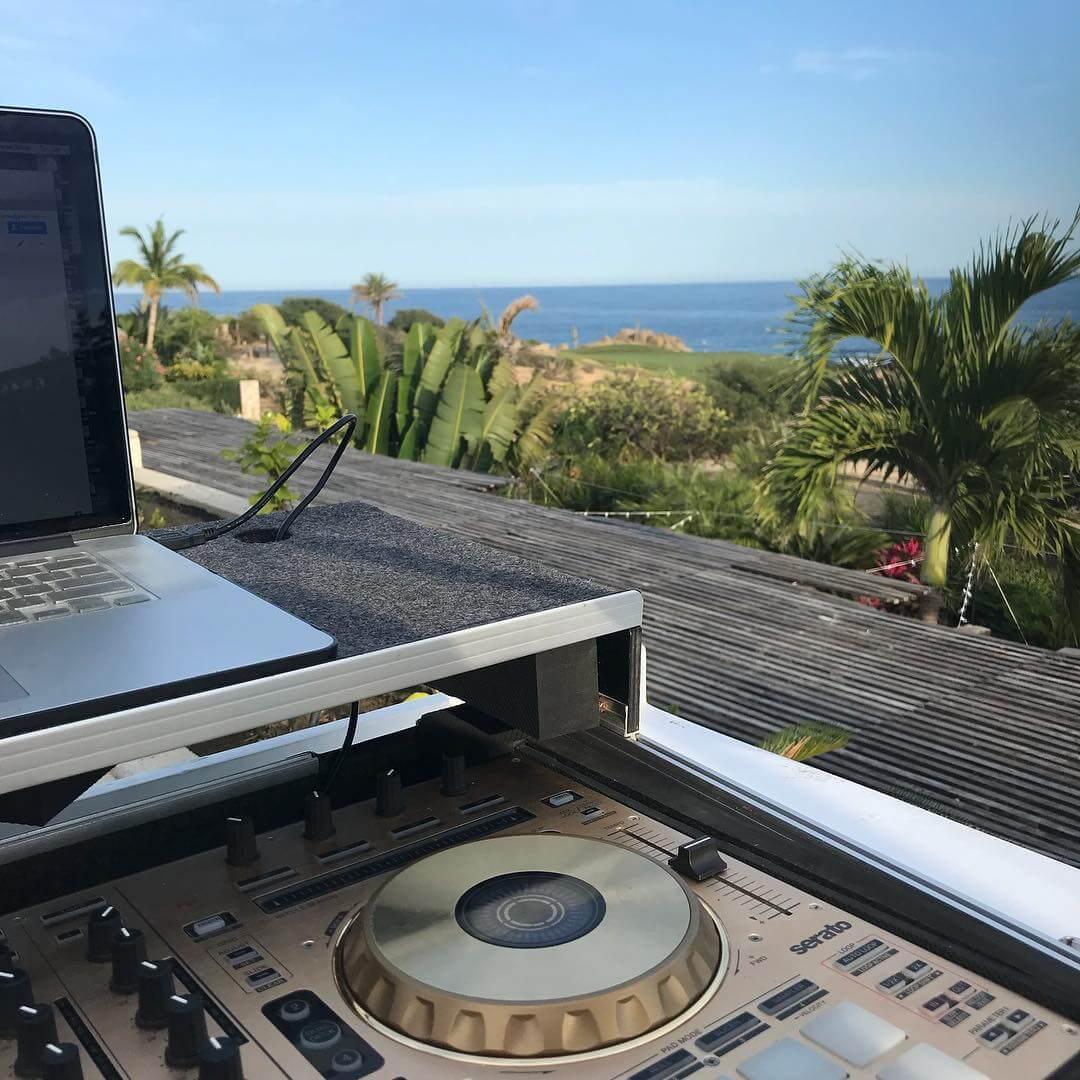 DJ Mijares